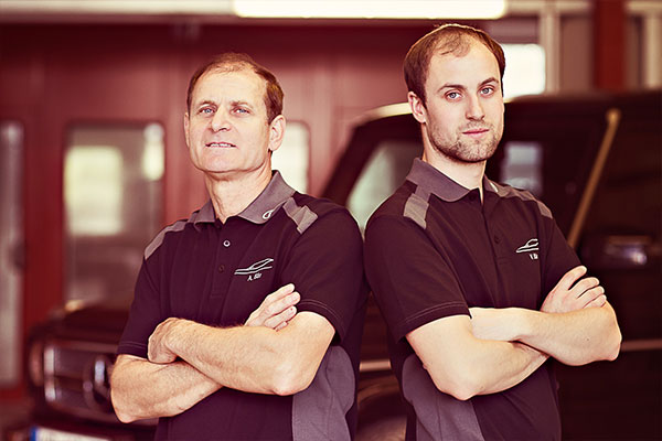 Teamfoto Lackiererei und Karosserietechnik Bär